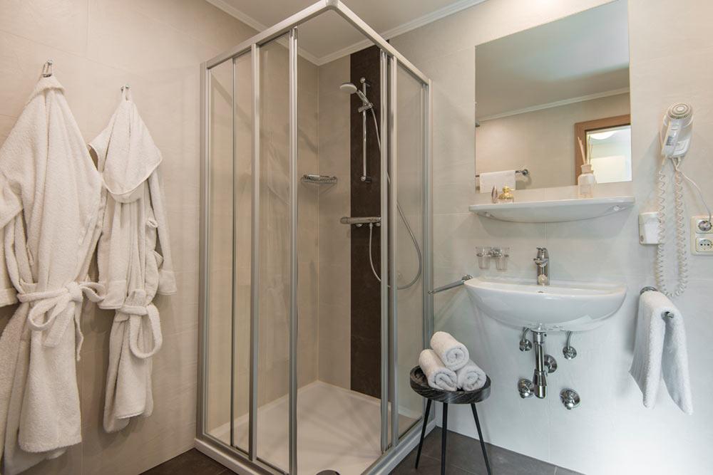 Badezimmer Familienzimmer